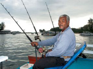 Krabi Fishing by Big Boat Trawling