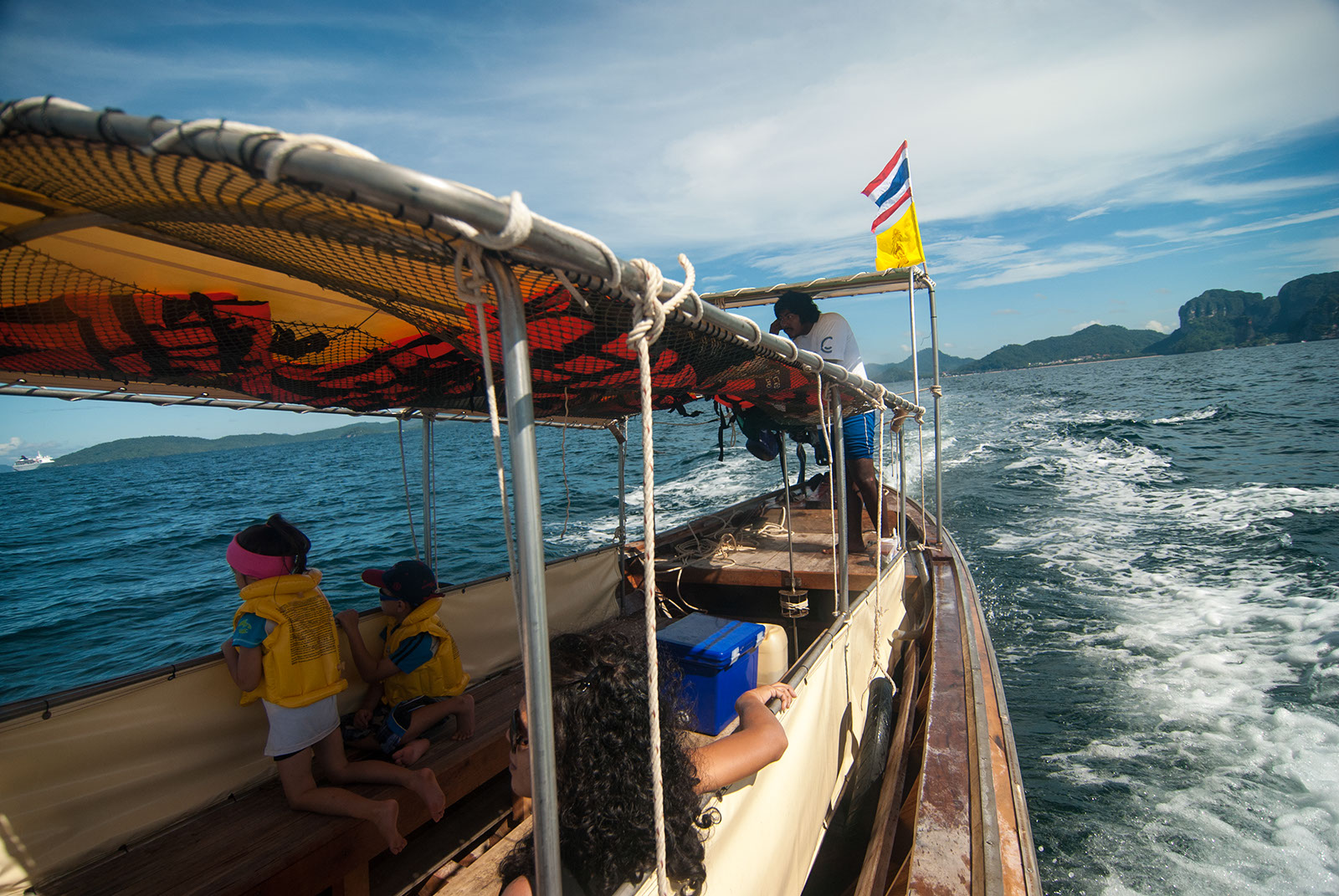 Longtail boat Island Hopping to Krabi 4 Islands