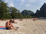 aonang beach people 01